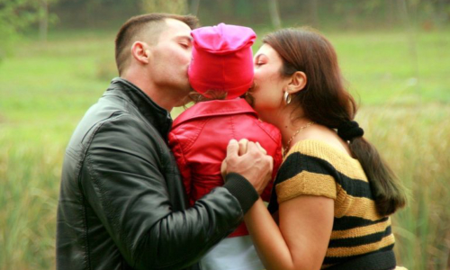 Hugging can boost a child's brainpower
