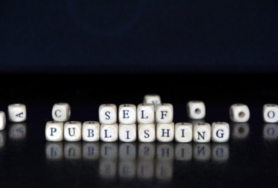 advantages of self publishing